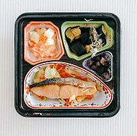 匠の和ごころ御膳 鮭の塩焼きセット123kcal、塩分1.5g